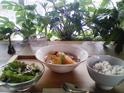 エデン豚スープ