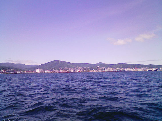 海から見た天狗山