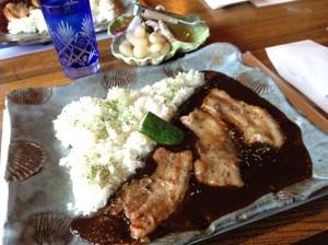 豚肉の黒カレー