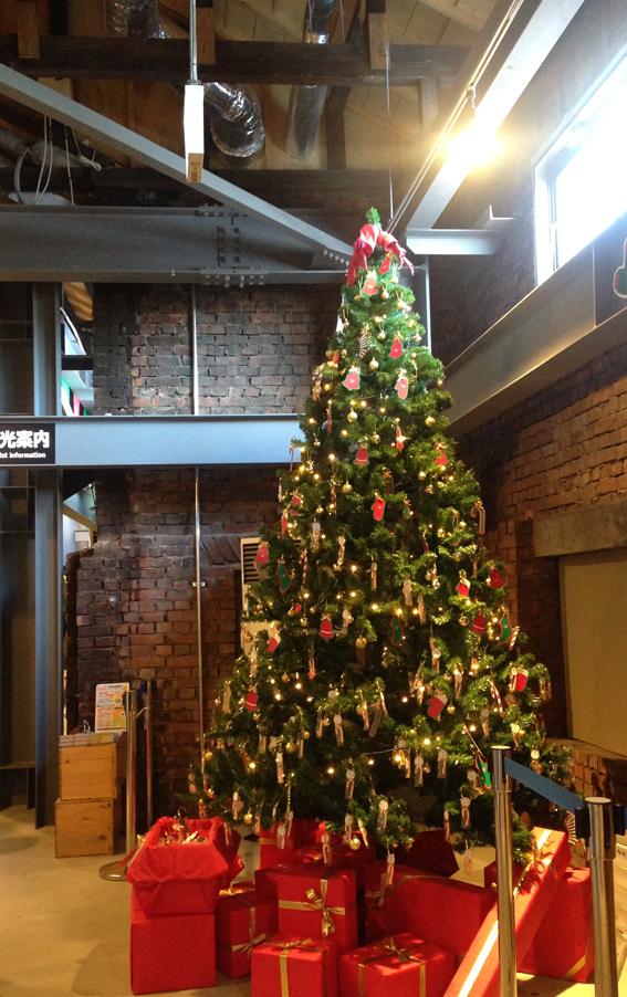 クリスマスツリーも!