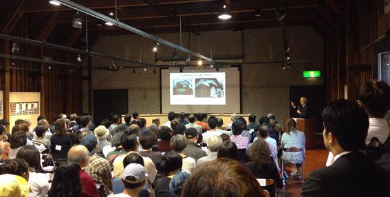 駒木先生の講演「小樽の石蔵の価値」