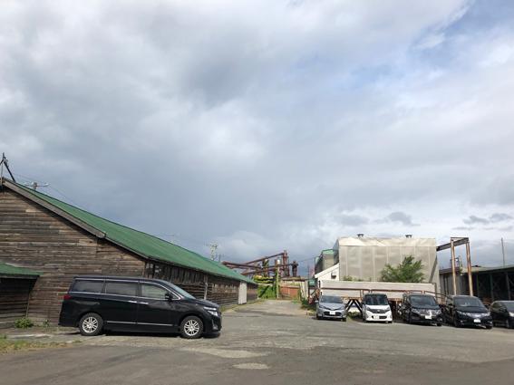 工場も木の建物