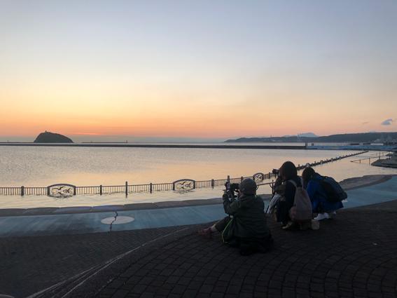 大黒島に夕日が沈みました。