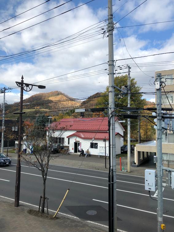 定山渓鉄道旧駅舎の「旧石切山駅」(石山振興会館)