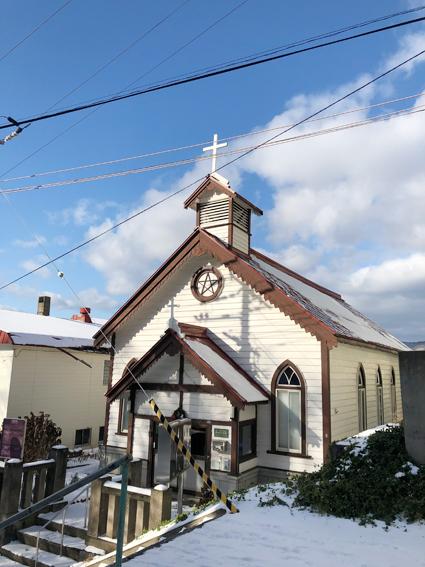 近くには、小樽聖公会があります〜