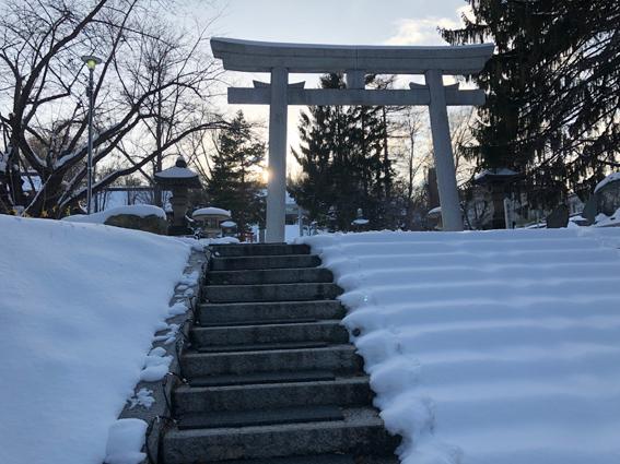 階段はヒートマットが敷かれていて歩きやすいです