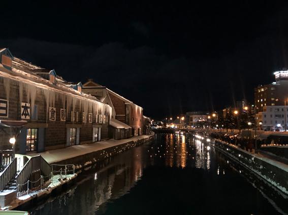 冷えて空気が抜群に澄んでいた小樽運河