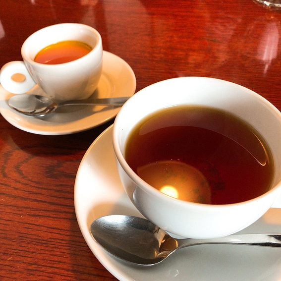 ランチセットは、デザートとコーヒー付き