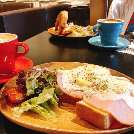 カフェオレ&ハムエッグトースト