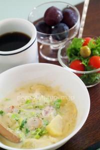 白菜と豆乳のシチュー風