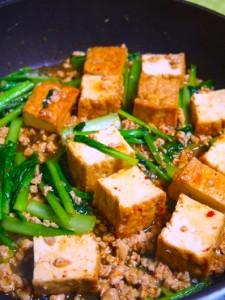 厚揚げと小松菜のピリ辛炒め
