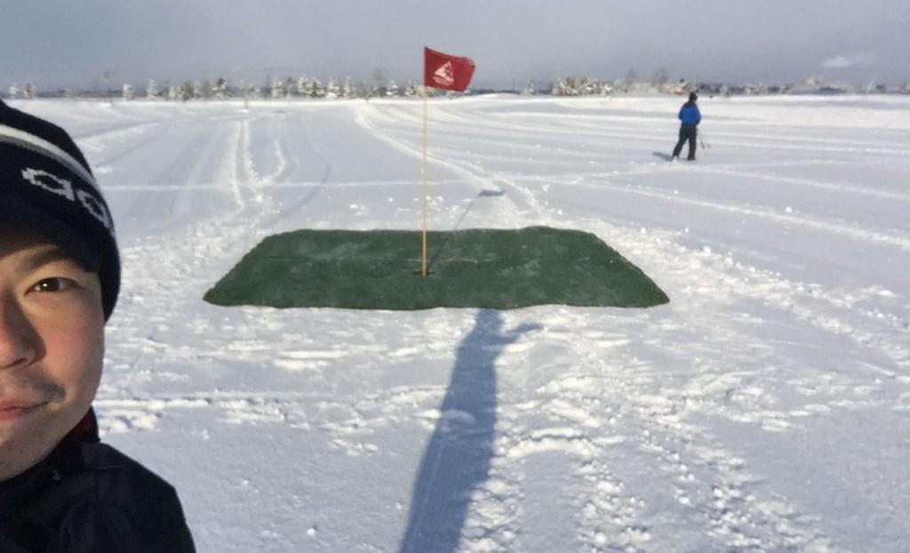 雪中ゴルフ05