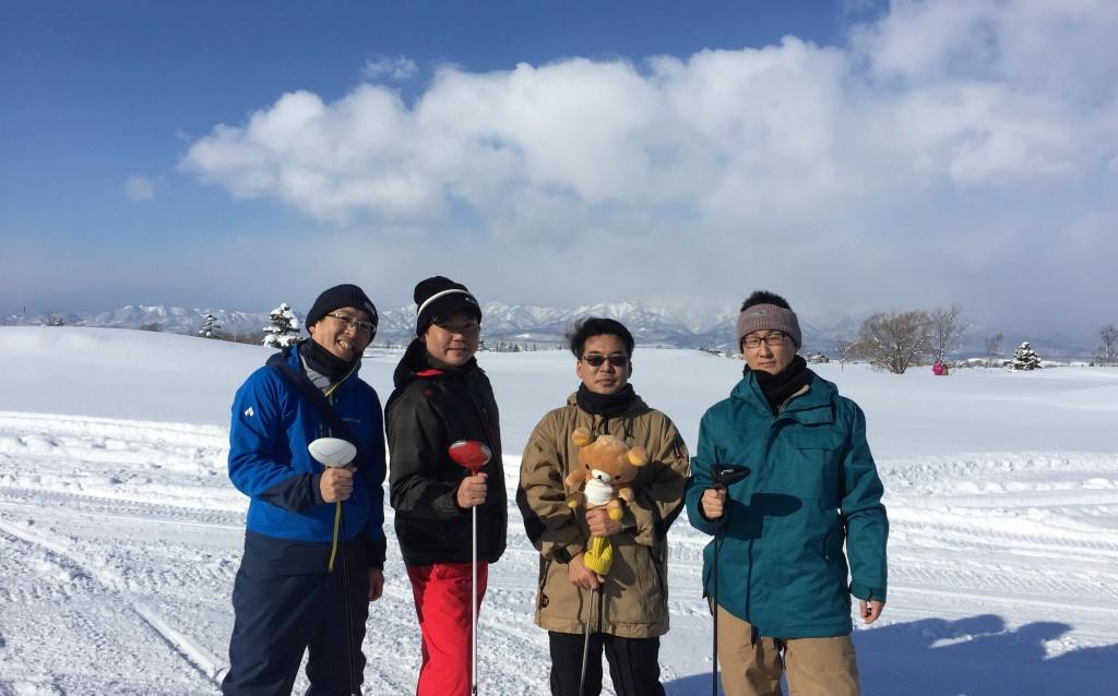 雪中ゴルフ06
